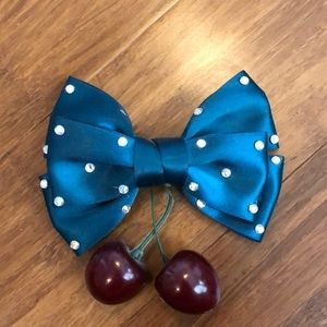 Accessories - Hair bow pinup